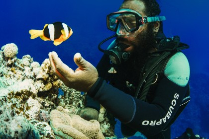 New Caledonia: Mother of the Coral Sea